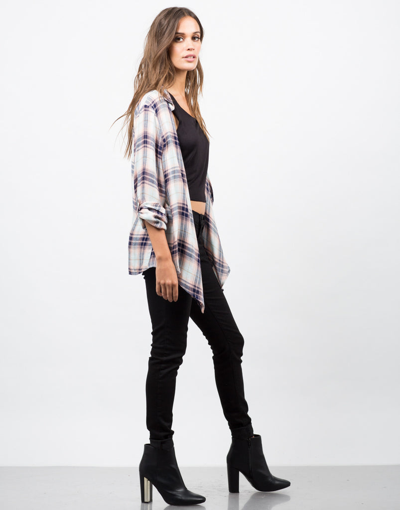 Side View of Collar Plaid Drapey Cardigan