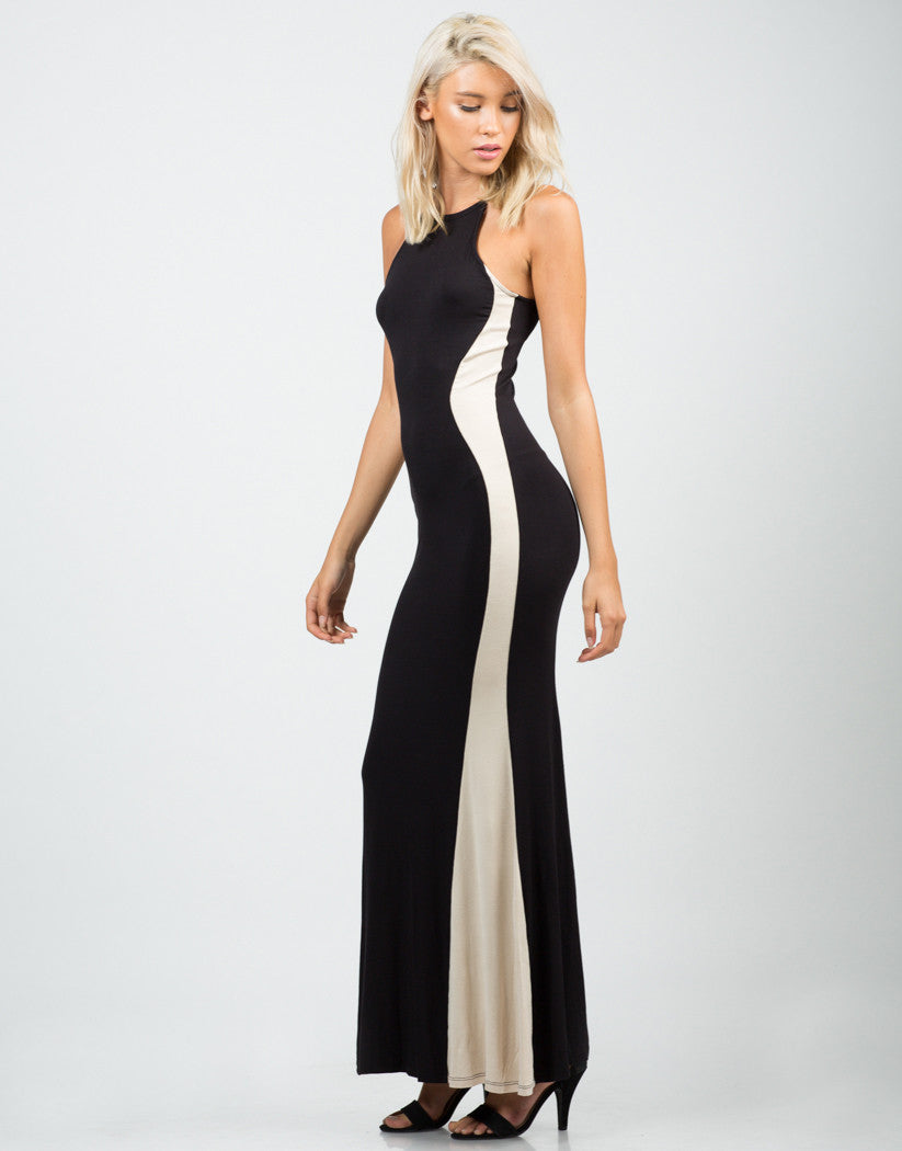 Side View of Color Contrast Maxi Dress