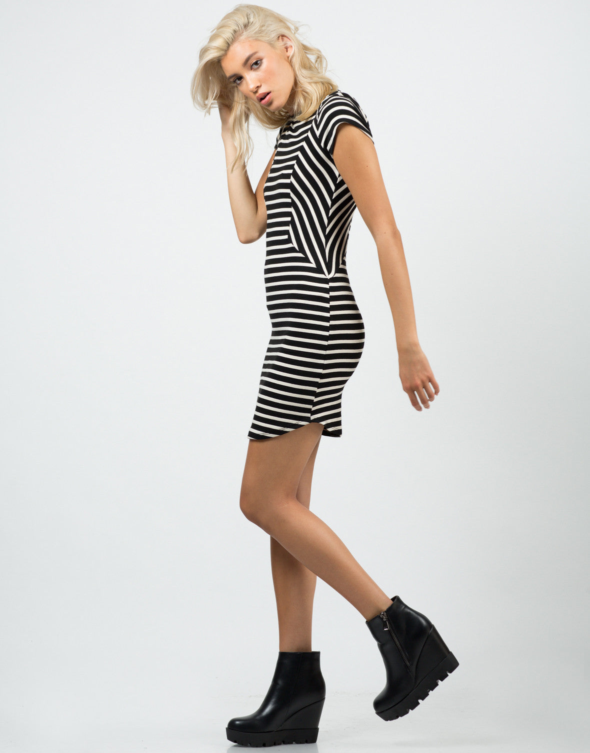 Side View of Contrast Striped Dress