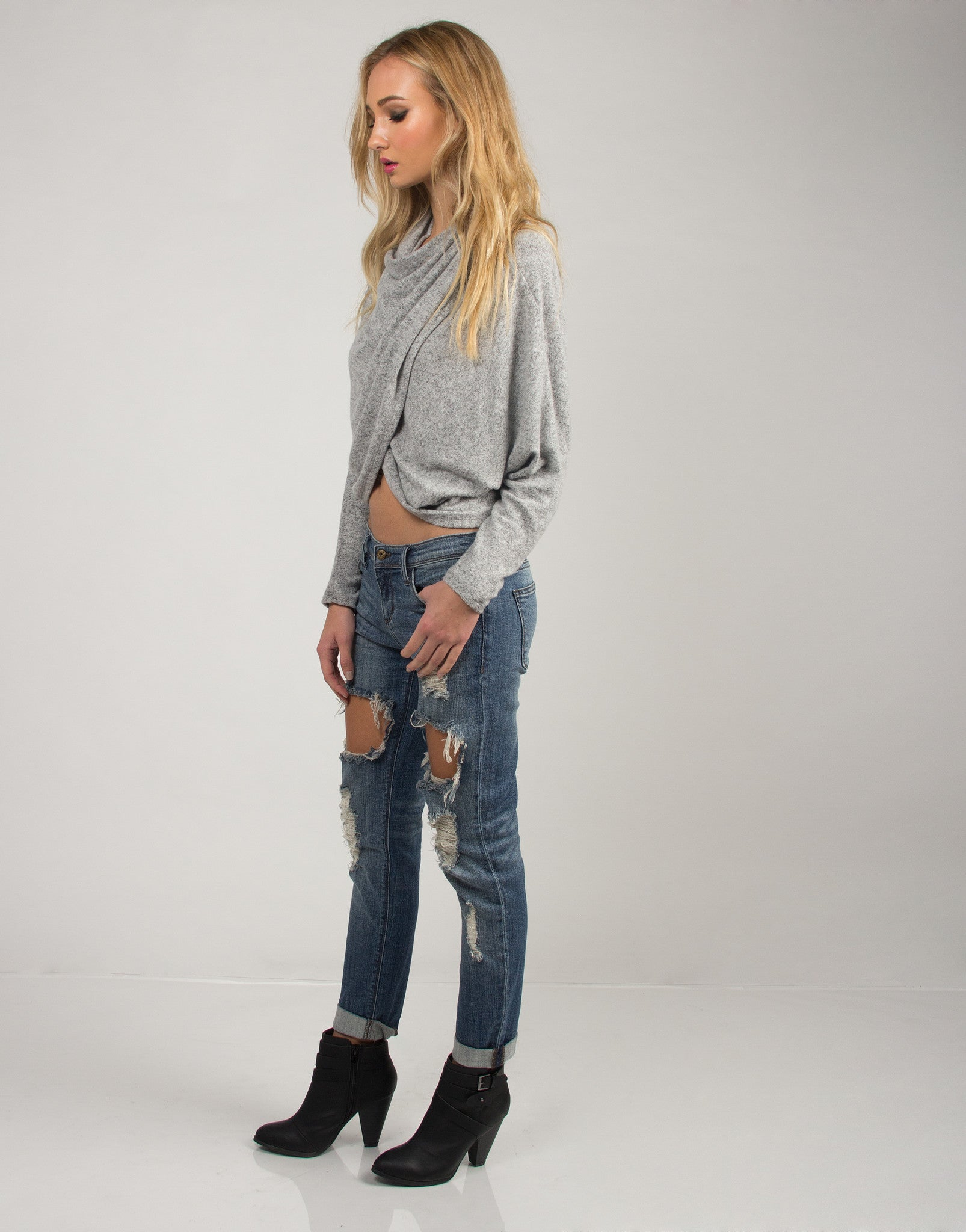 Cuffed Holey Boyfriend Jeans