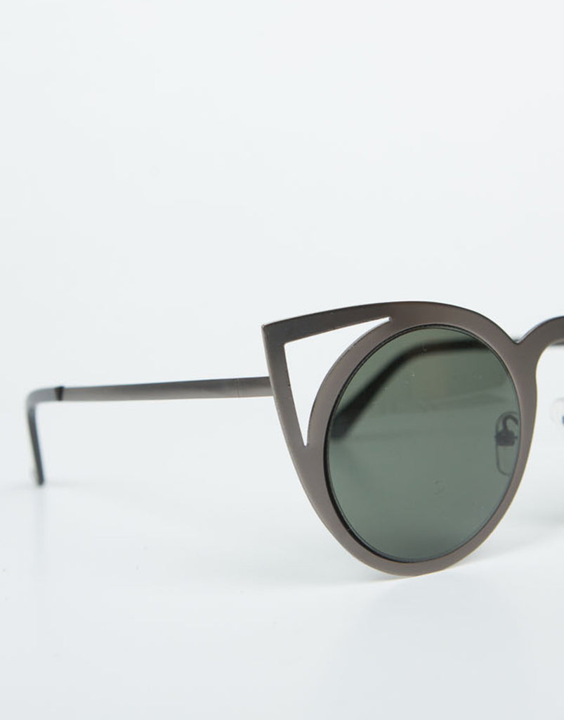 Cut Out Cat Eye Sunnies - 2020AVE
