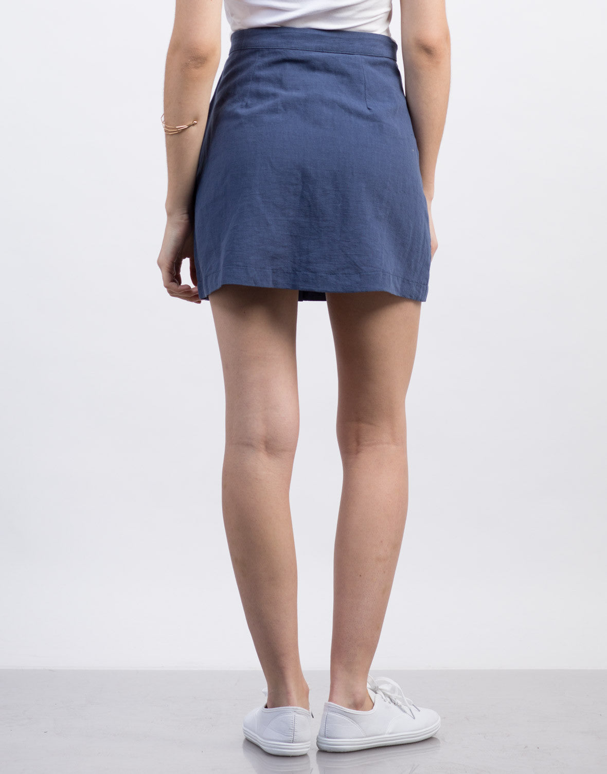 Back View of Deep Pocket Buttoned Skirt