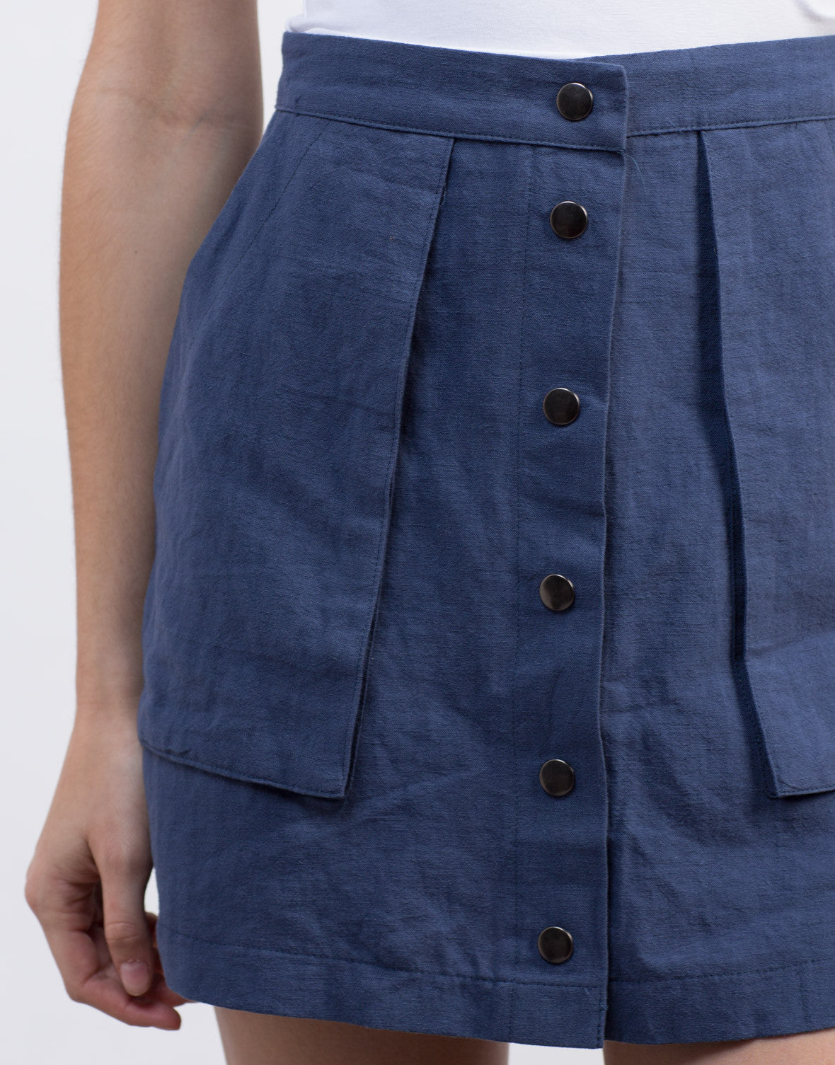 Detail of Deep Pocket Buttoned Skirt
