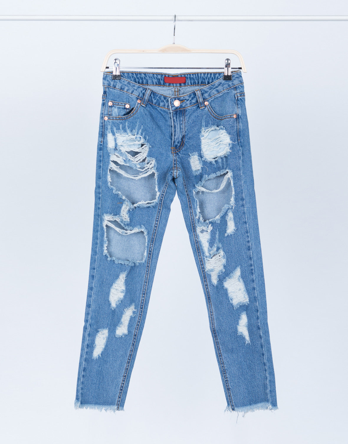 Destroyed Cropped Hem Jeans