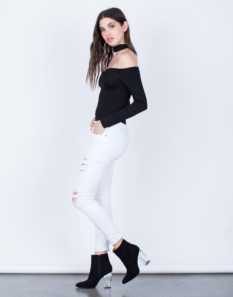 Side View of Destroyed White Skinny Jeans