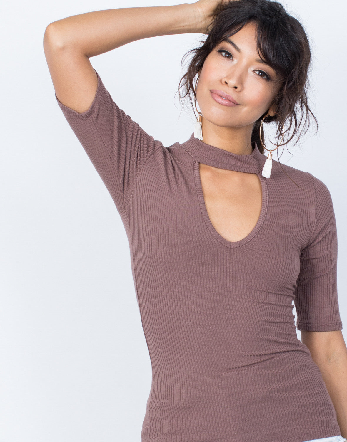 Light Brown Devan Choker Tee - Detail