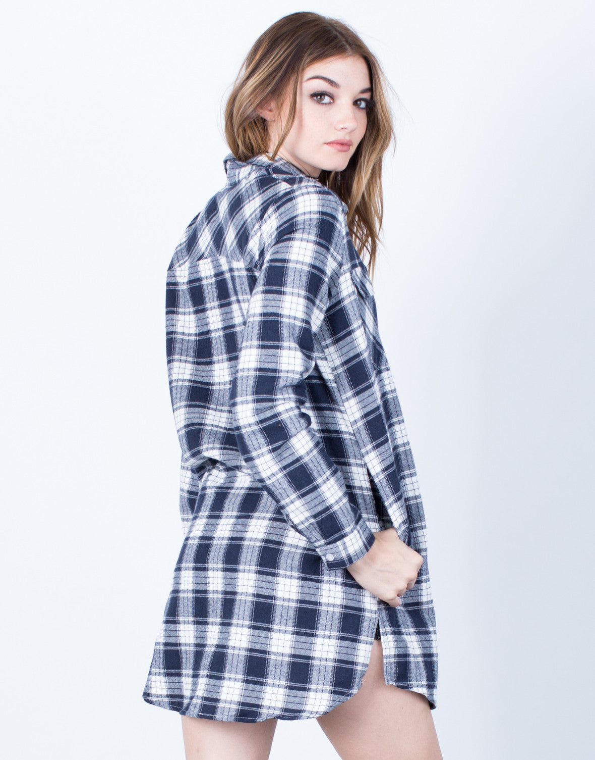 Back View of Double Pocket Plaid Tunic Top