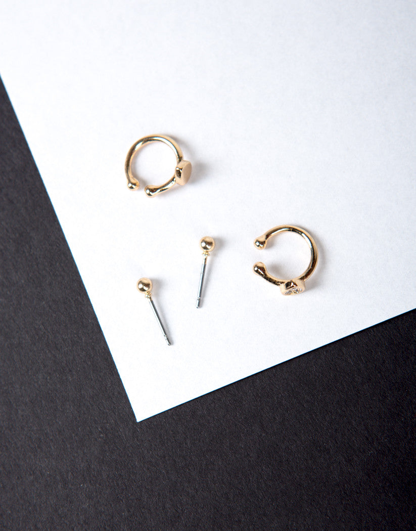 Detail of Double Cuff with Studs Earring Set