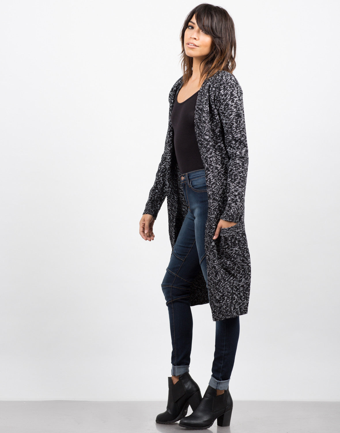 Side View of Double Pocket Mixed Knit Cardigan