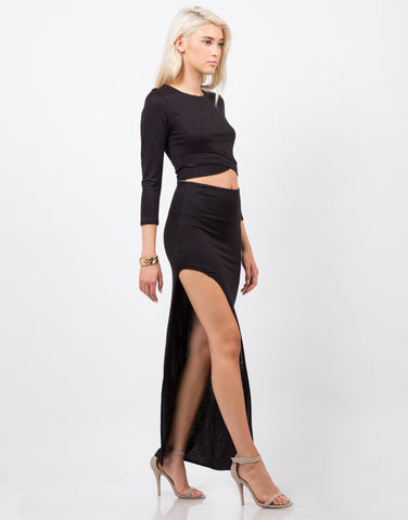 Side View of Dramatic Slit Midi Skirt