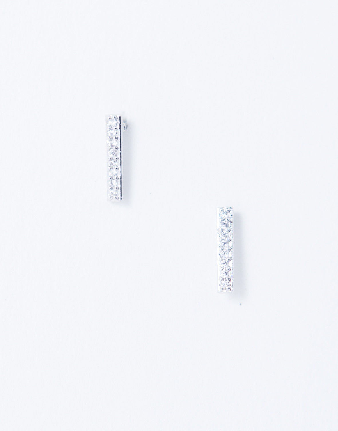 Effortless Stud Earrings