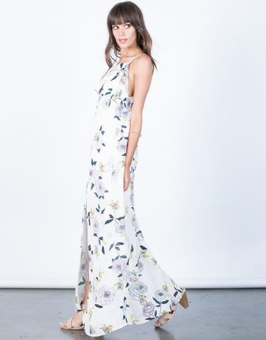 Side View of Falling for Floral Dress