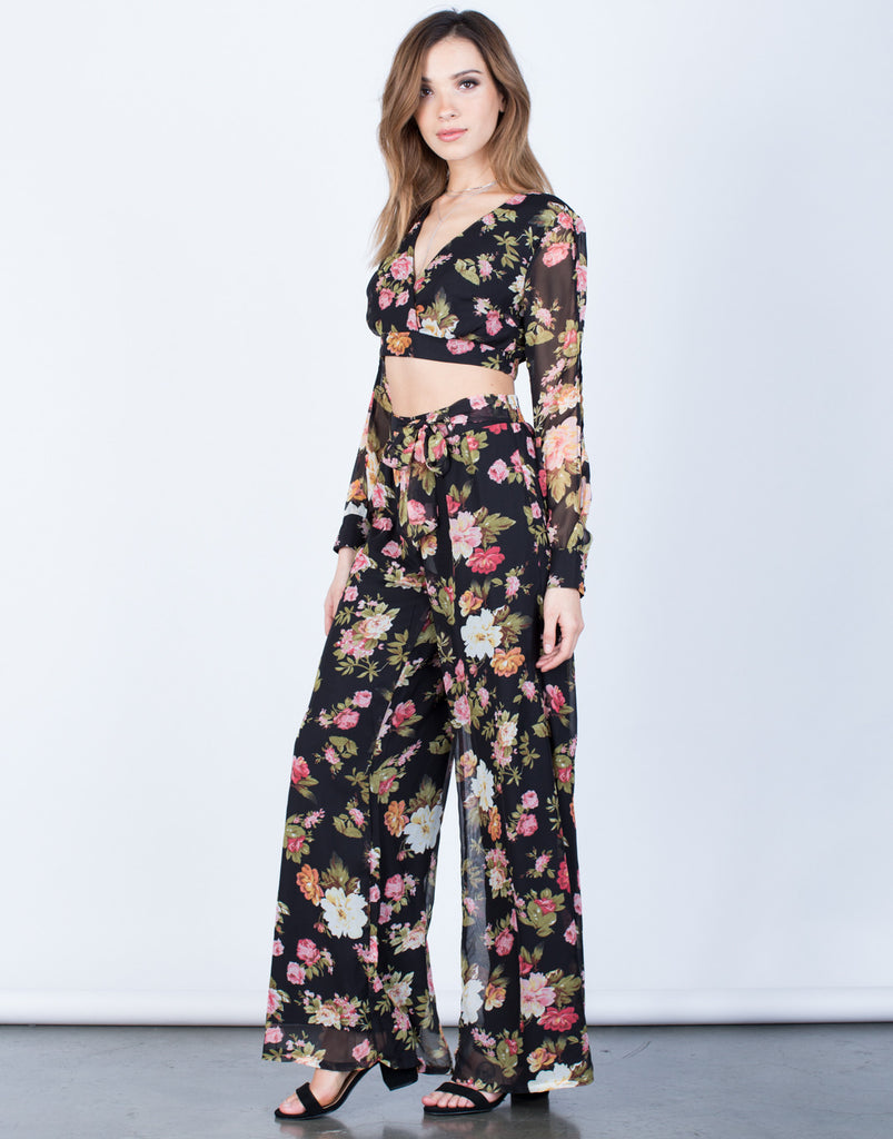 Side View of Floral Crop Top and Pants Set