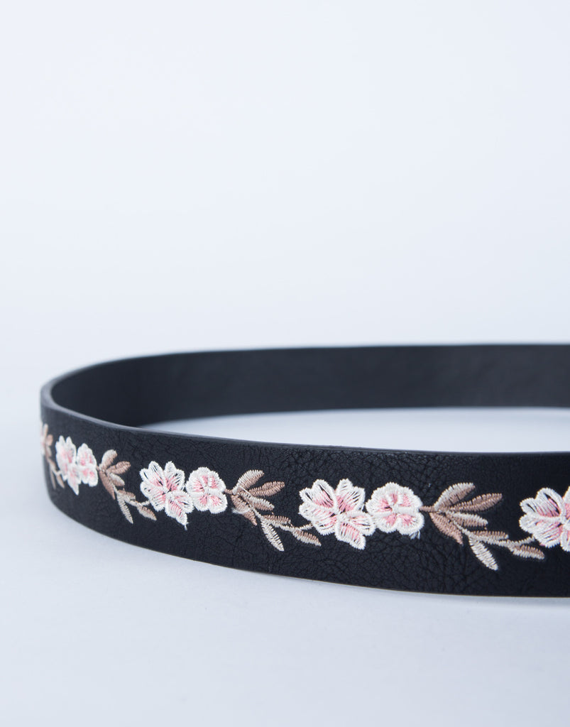 Floral Embroidered Belt
