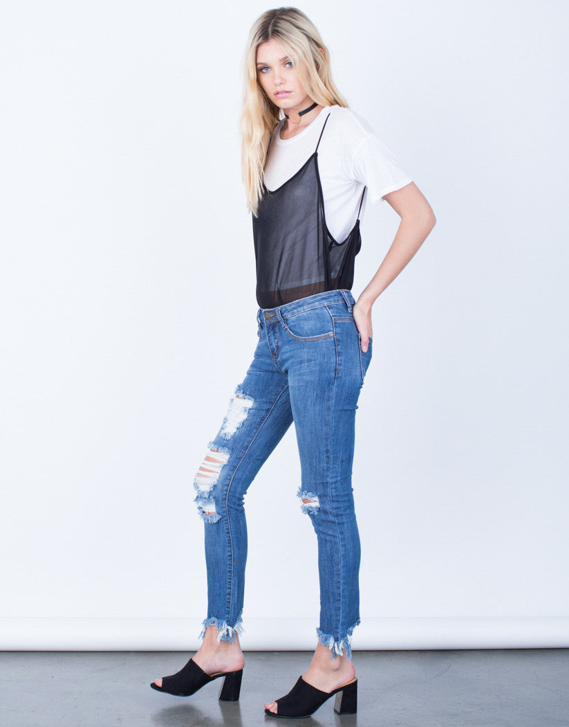 Side View of Frayed Cropped Jeans