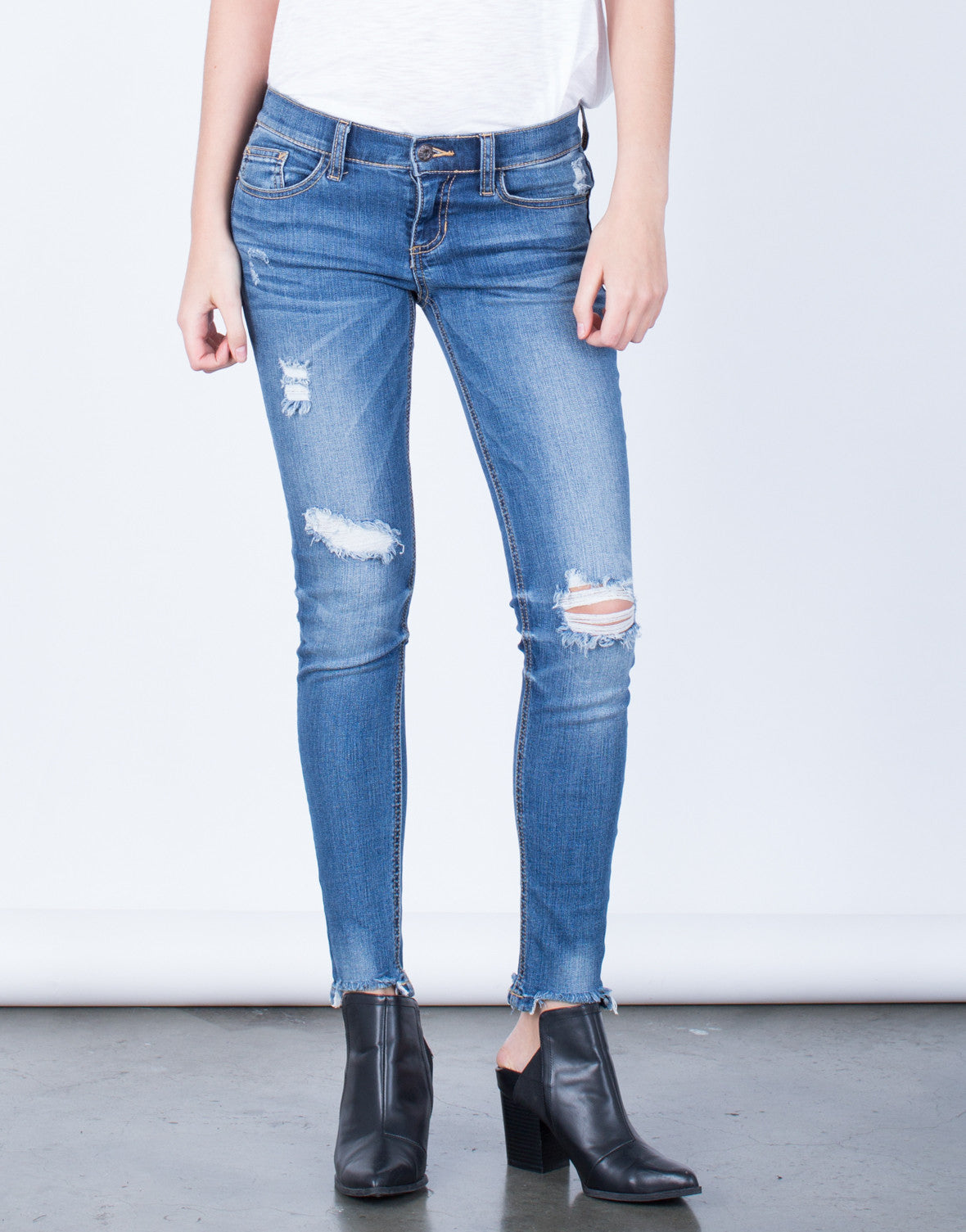 Front View of Frayed Hem Skinny Jeans