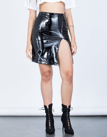 High Shine Vinyl Skirt - 2020AVE