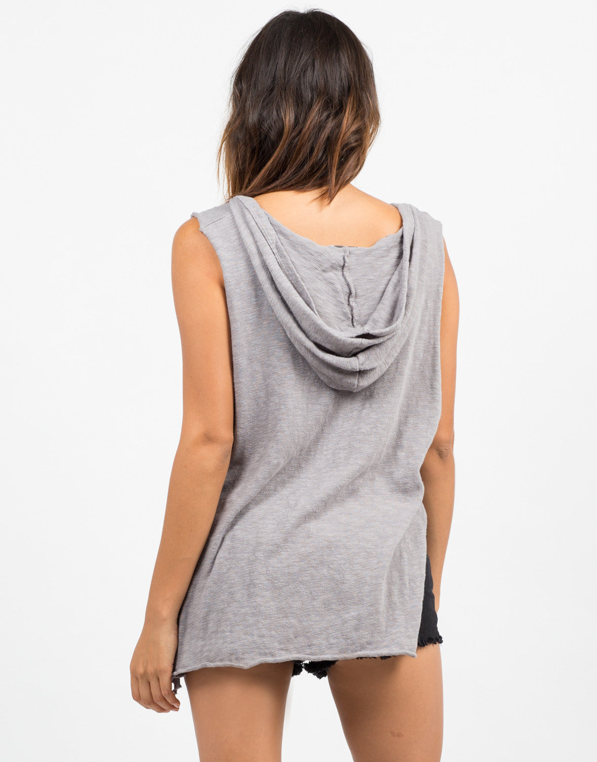 Back View of Hi-Low Hooded Tank