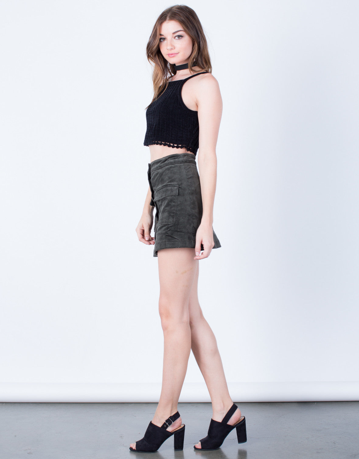 Side View of Knitted Pom Cropped Tank