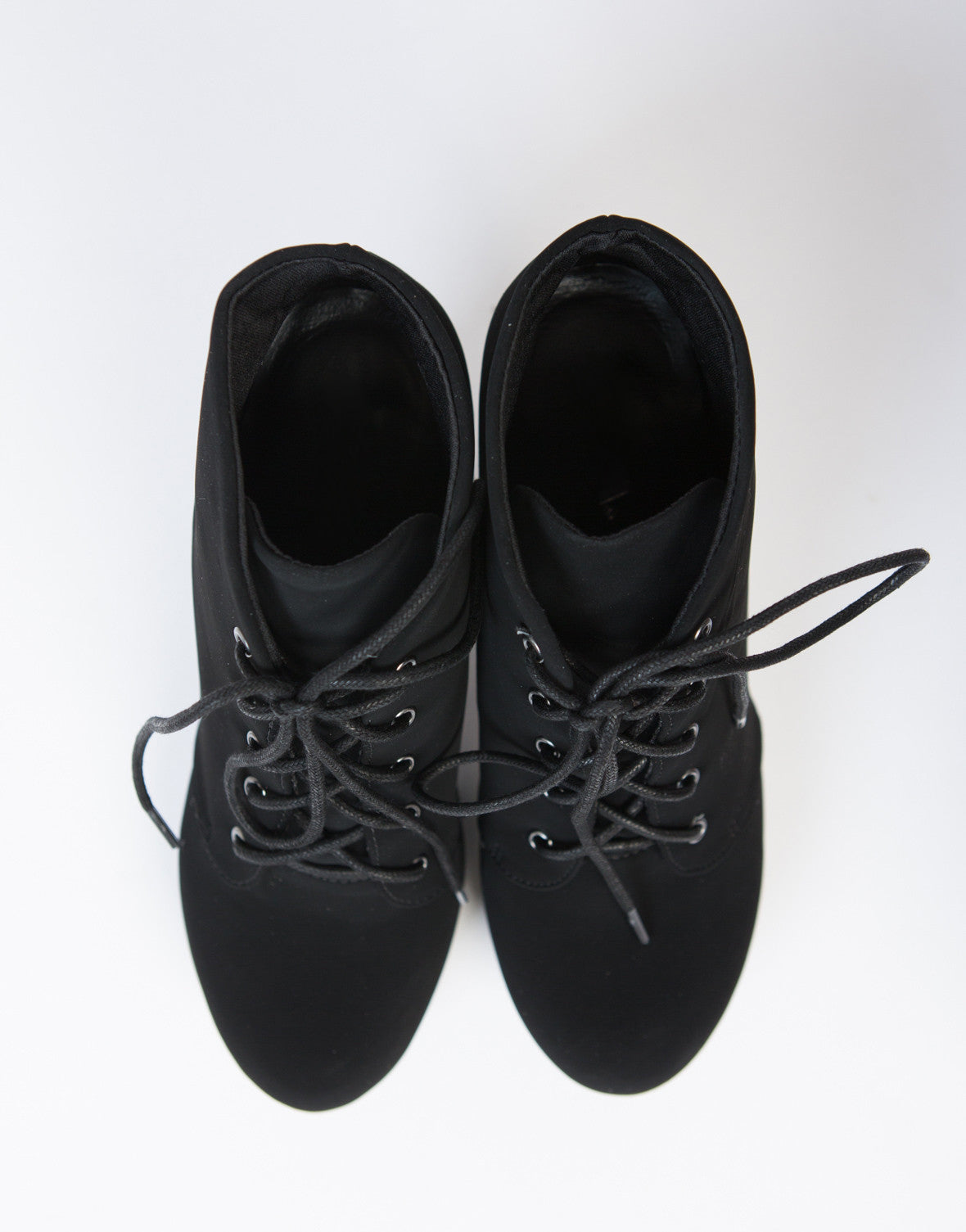 Free shipping and returns on Women's Lace-Up Boots at sashimicraft.ga