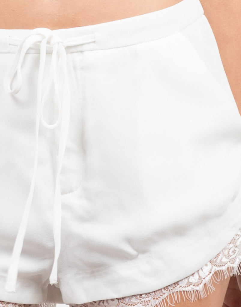 Lace Detail Shorts - 2020AVE