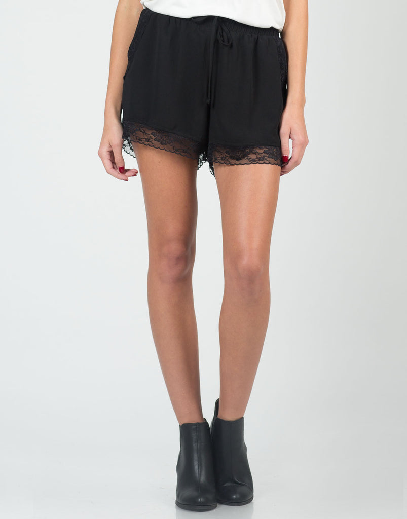 Lace Trim Shorts - 2020AVE