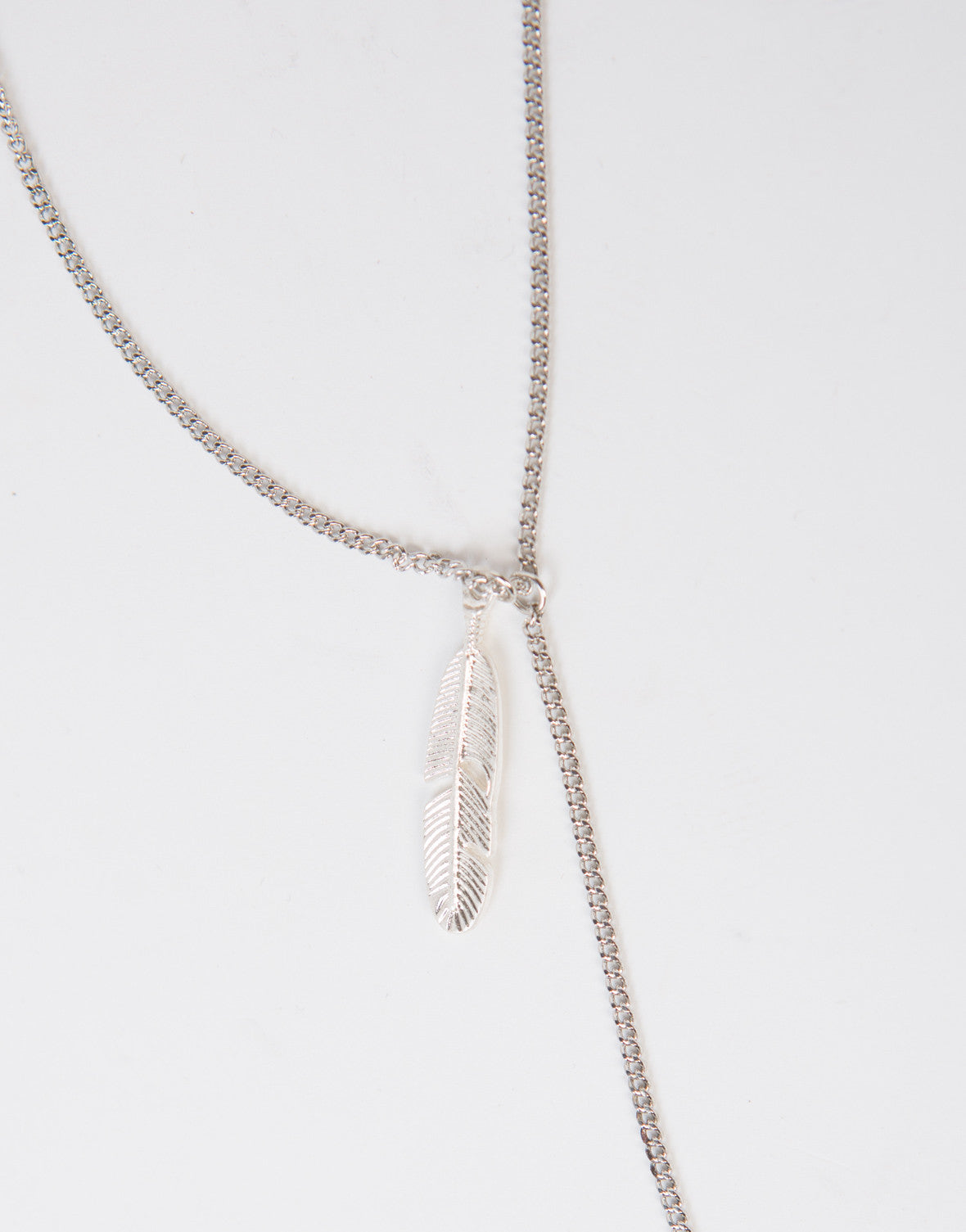 Leafy Drop Chain Necklace