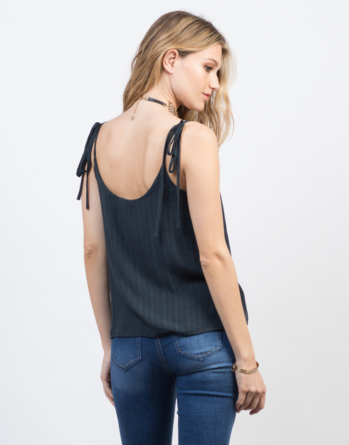 Lightly Textured Tank Top - 2020AVE