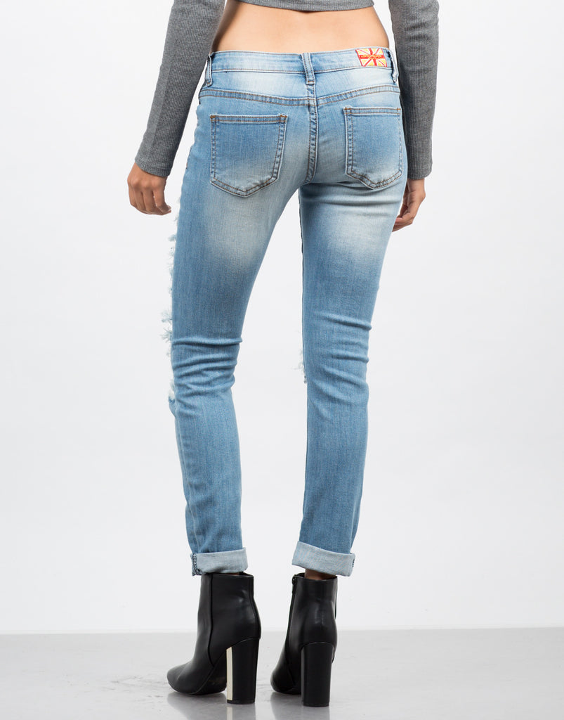 Light Wash Destroyed Ankle Jeans - 2020AVE