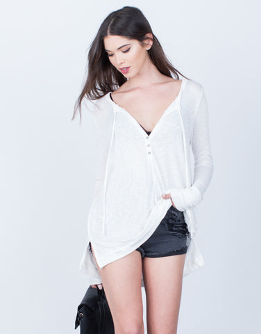 Lightweight Buttoned Top - 2020AVE