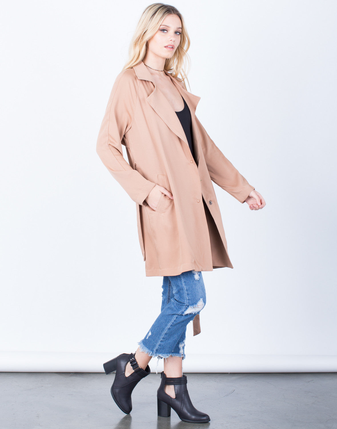 Side View of Lightweight Buttoned Trench Jacket