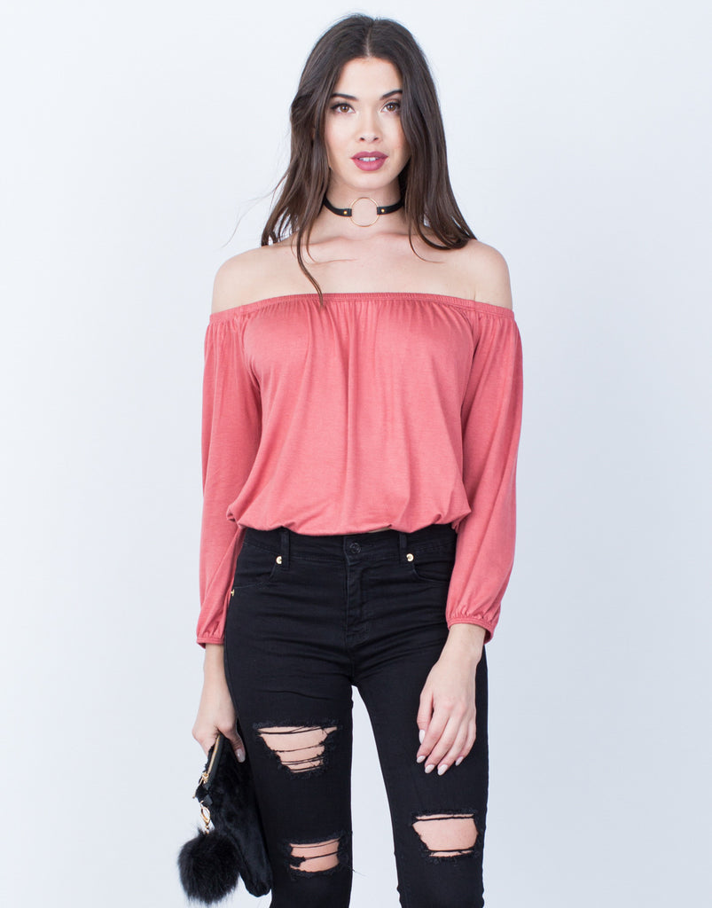 Lightweight Off-the-Shoulder Top - 2020AVE