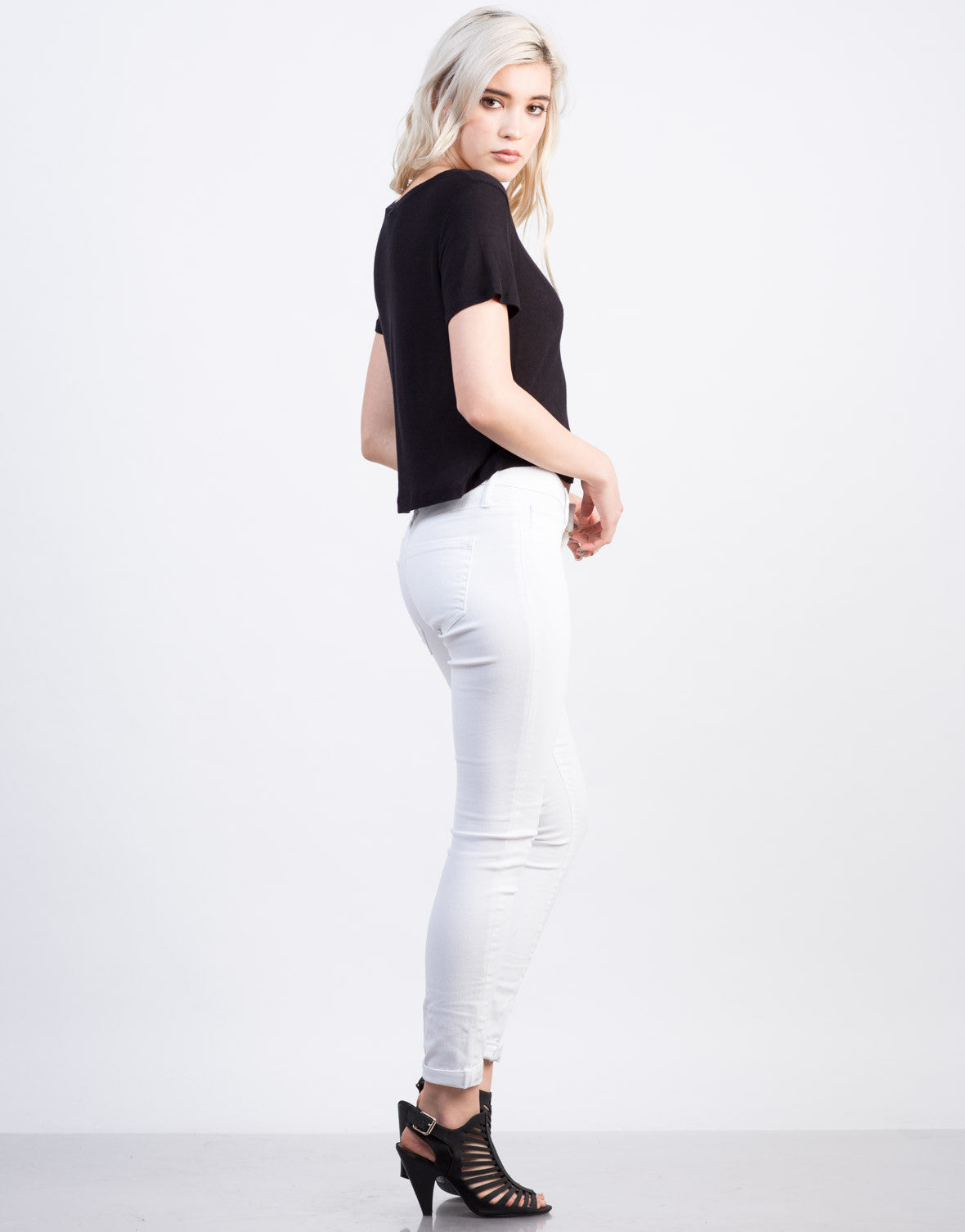 Side View of Lightweight Pocket Cropped Tee