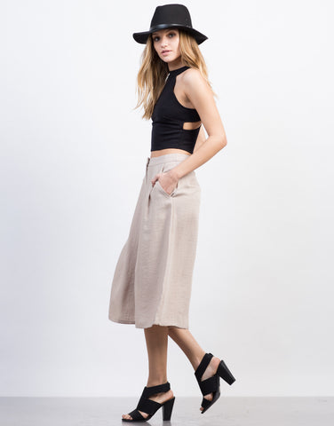 Side View of Linen Culotte Pants