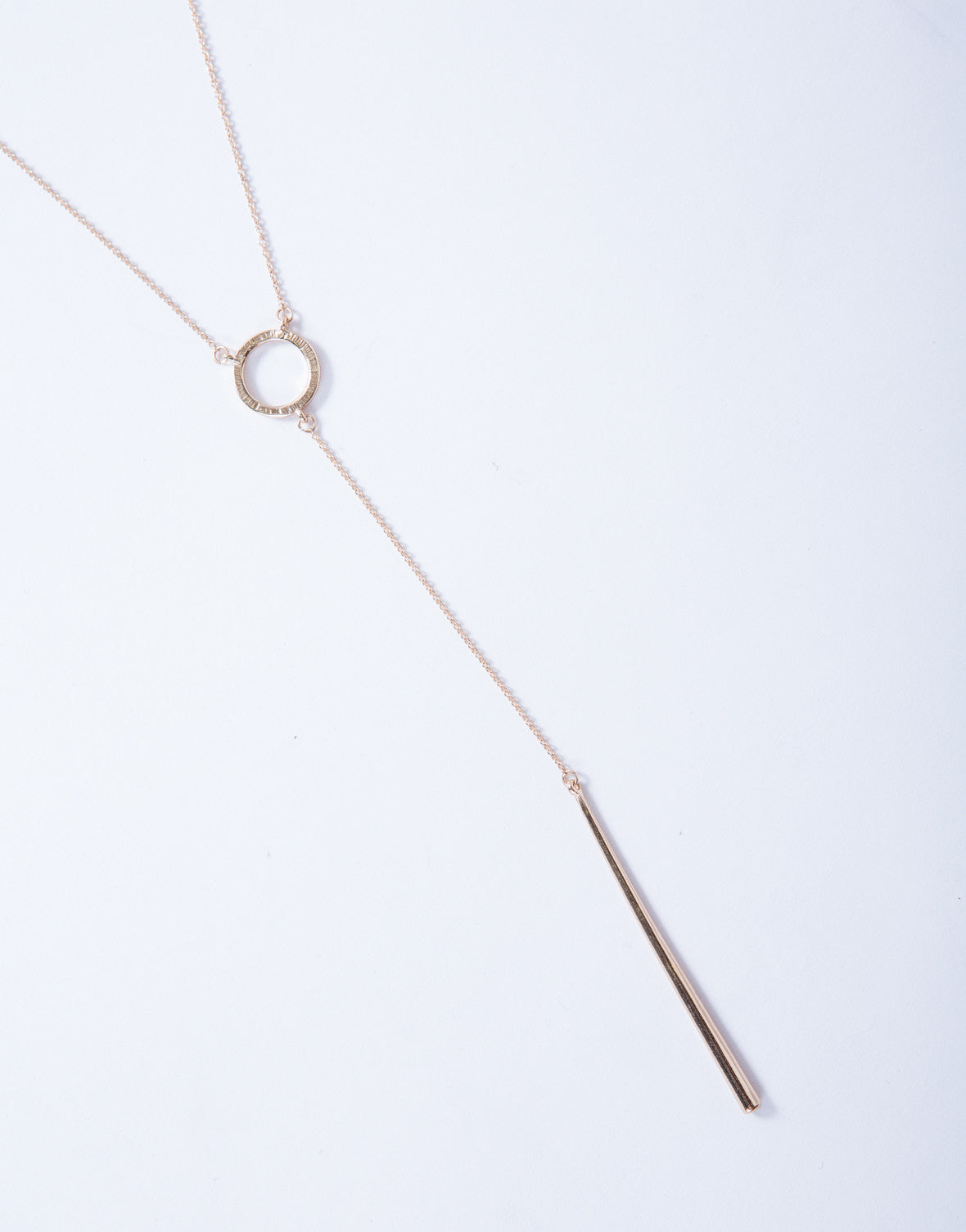 Loop Around Chain Necklace