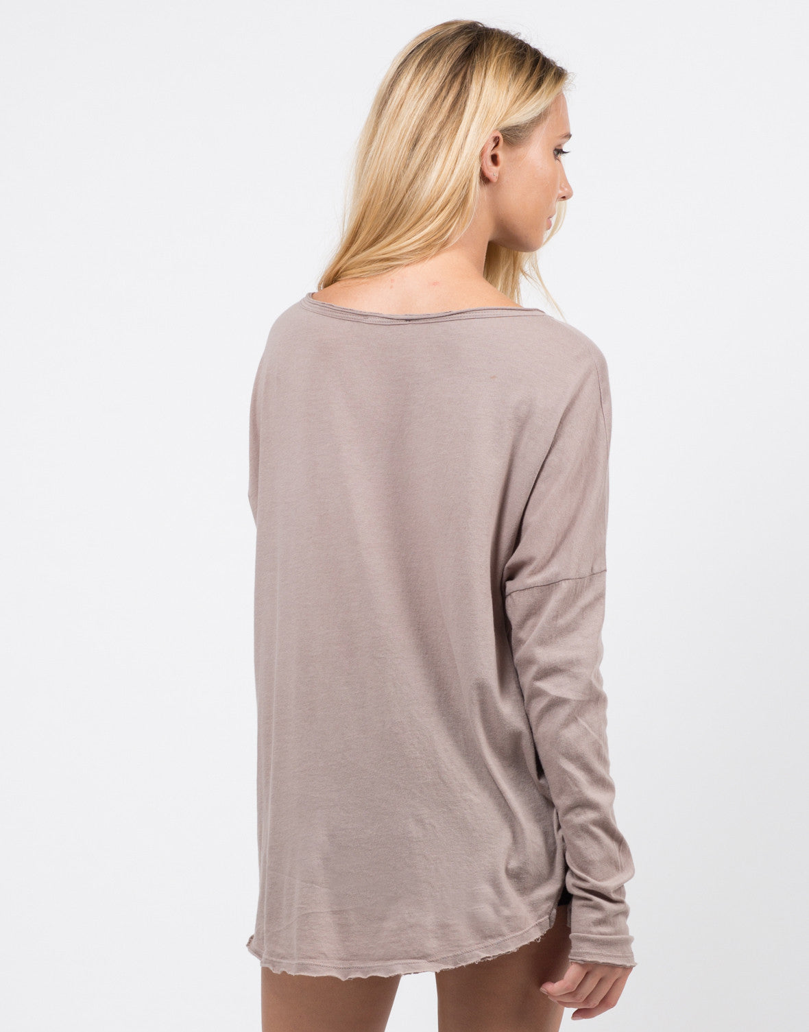 Back View of Loose Long Sleeve Basic Tee