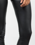 Detail of Matte Leggings