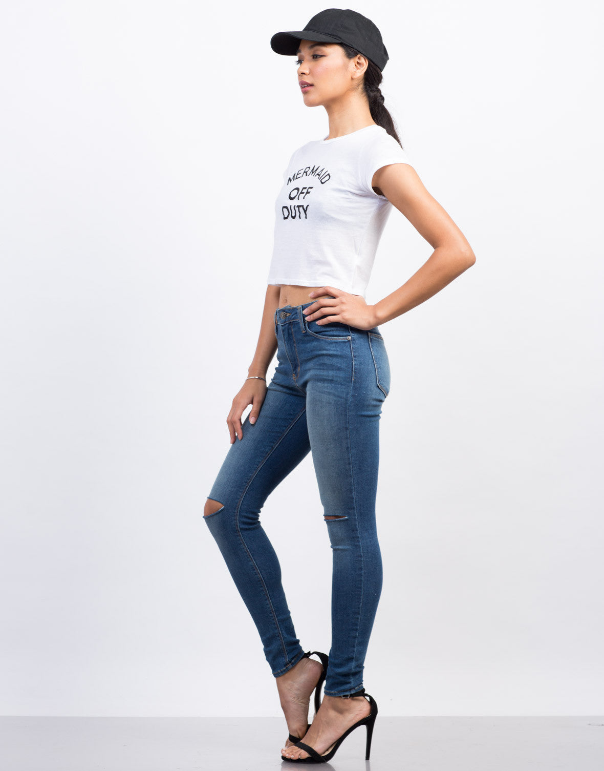 Side View of Mermaid Off Duty Cropped Tee