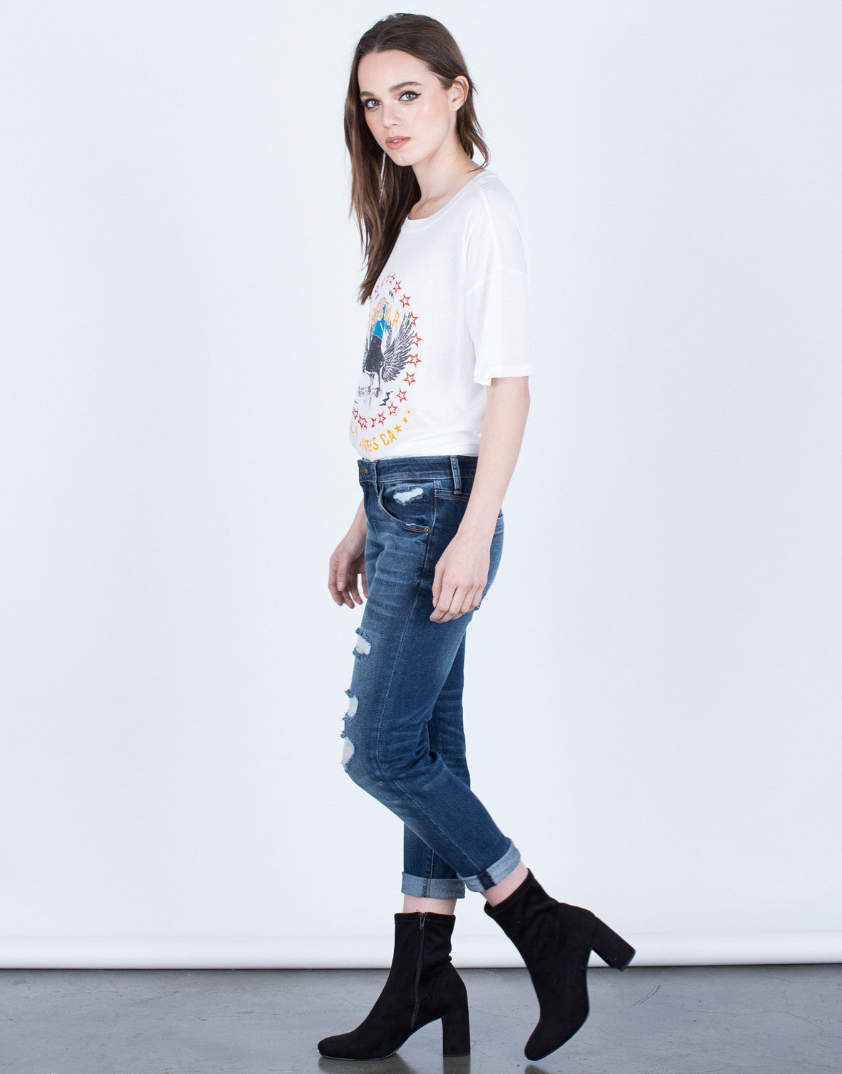 Side View of Mid-Rise Cropped Jeans