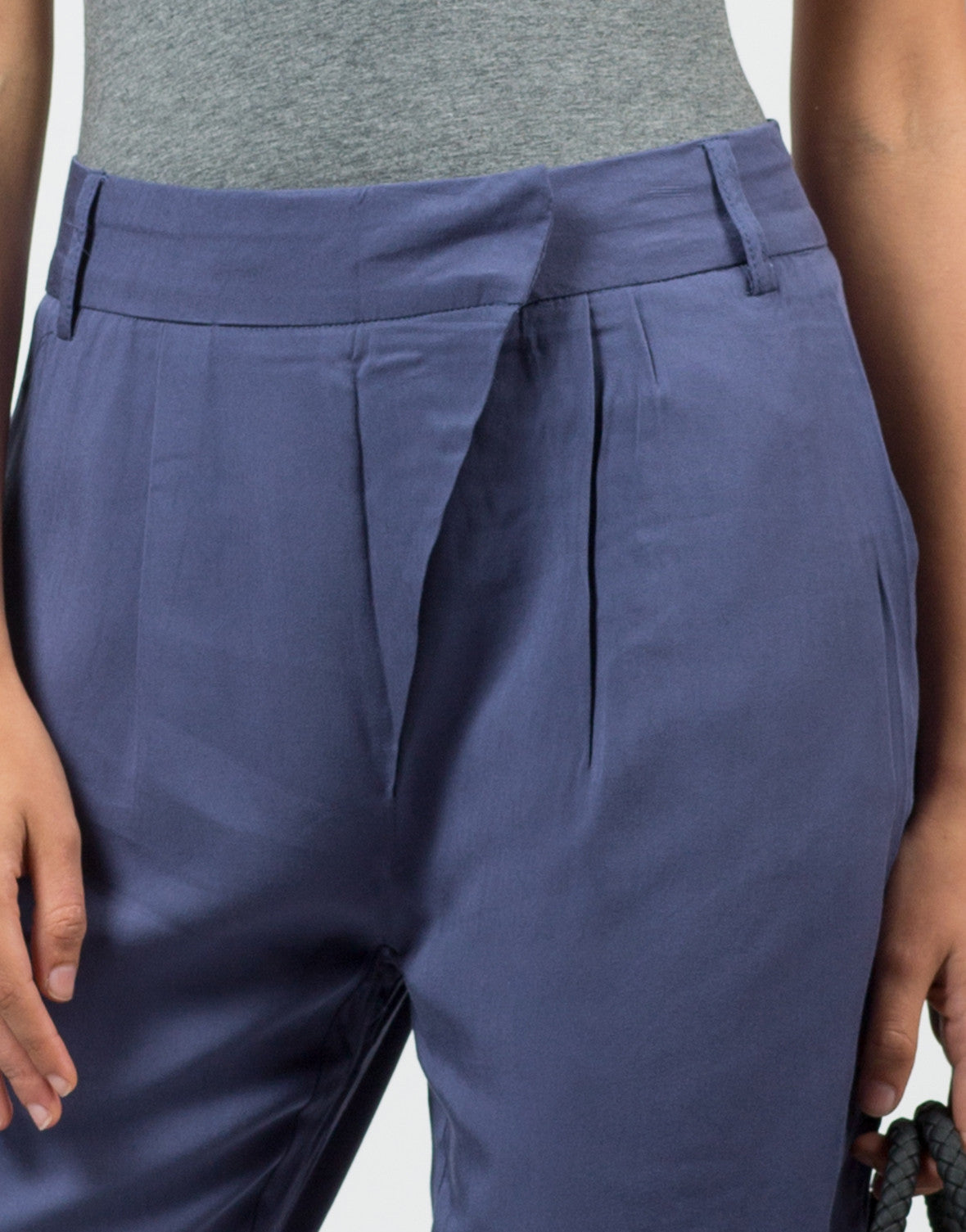 Detail of Mid Waisted Slouchy Pants