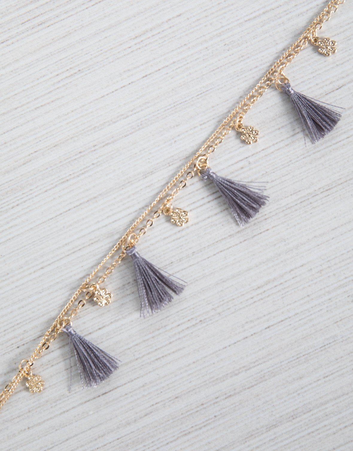 Light Gray Mini Tassel Anklet - Detail