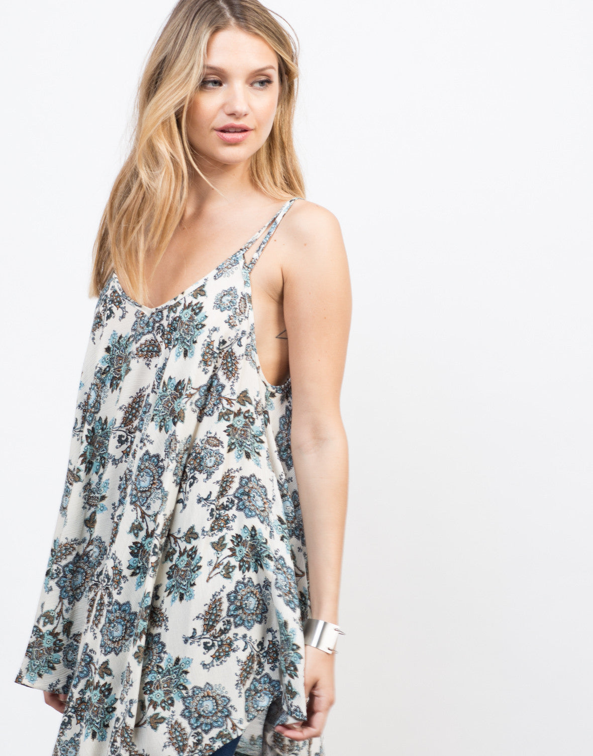 Detail of Nature Instinct Flowy Cami