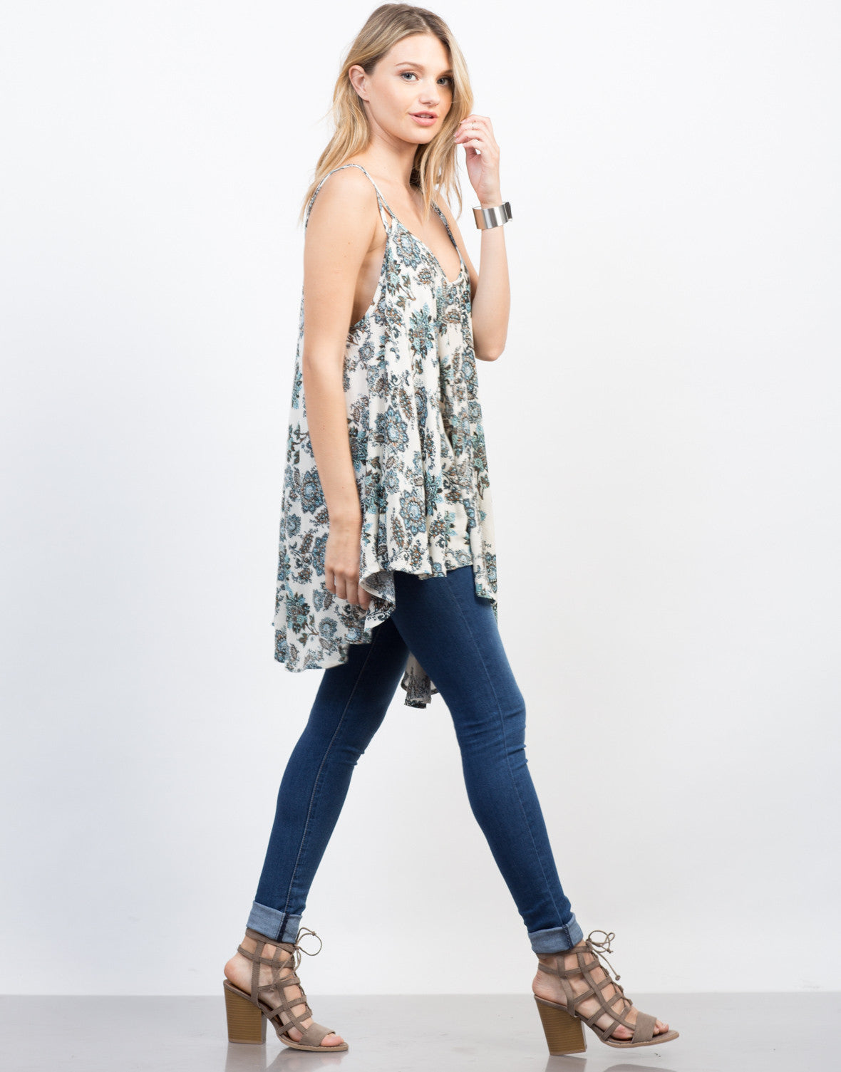 Side View of Nature Instinct Flowy Cami