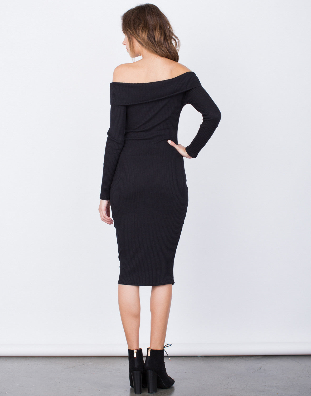 Back View of Off-the-Shoulder Bodycon Dress
