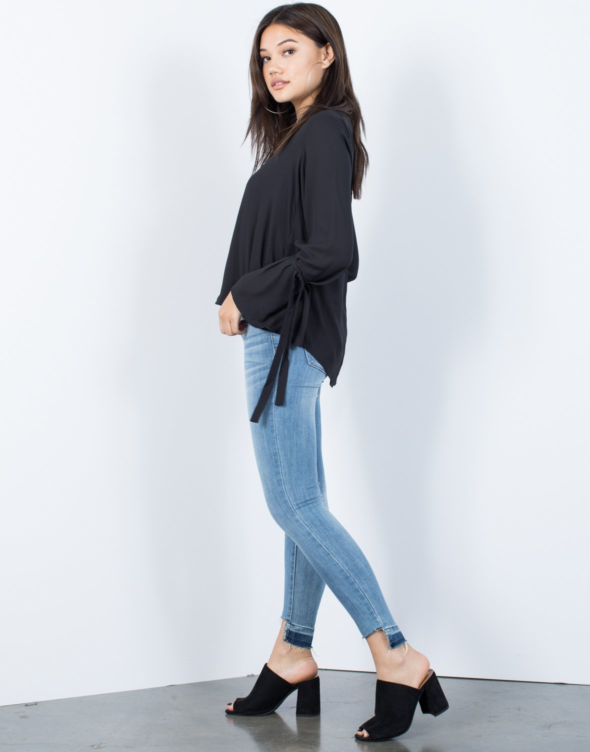 Olivia Tied Sleeves Blouse - 2020AVE