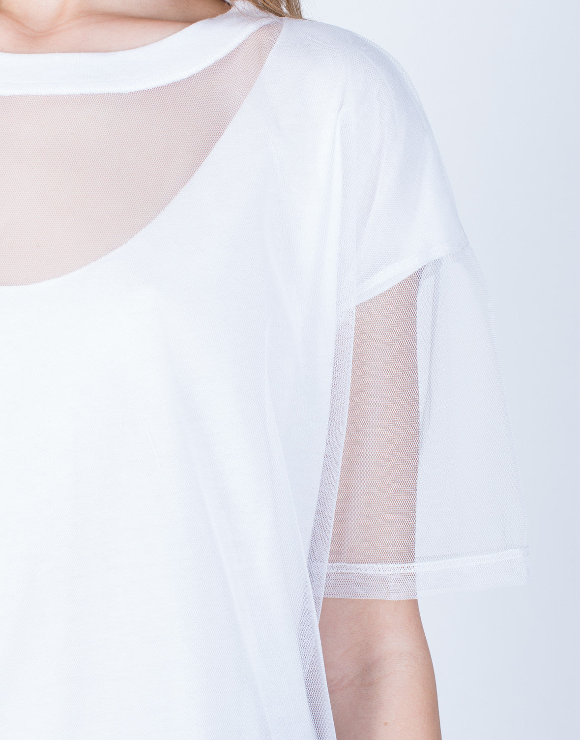 Detail of Oversized Mesh Contrast Tee