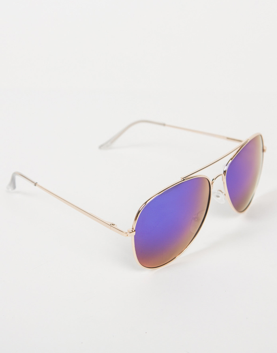 Side View of Oversized Aviator Mirrored Sunnies