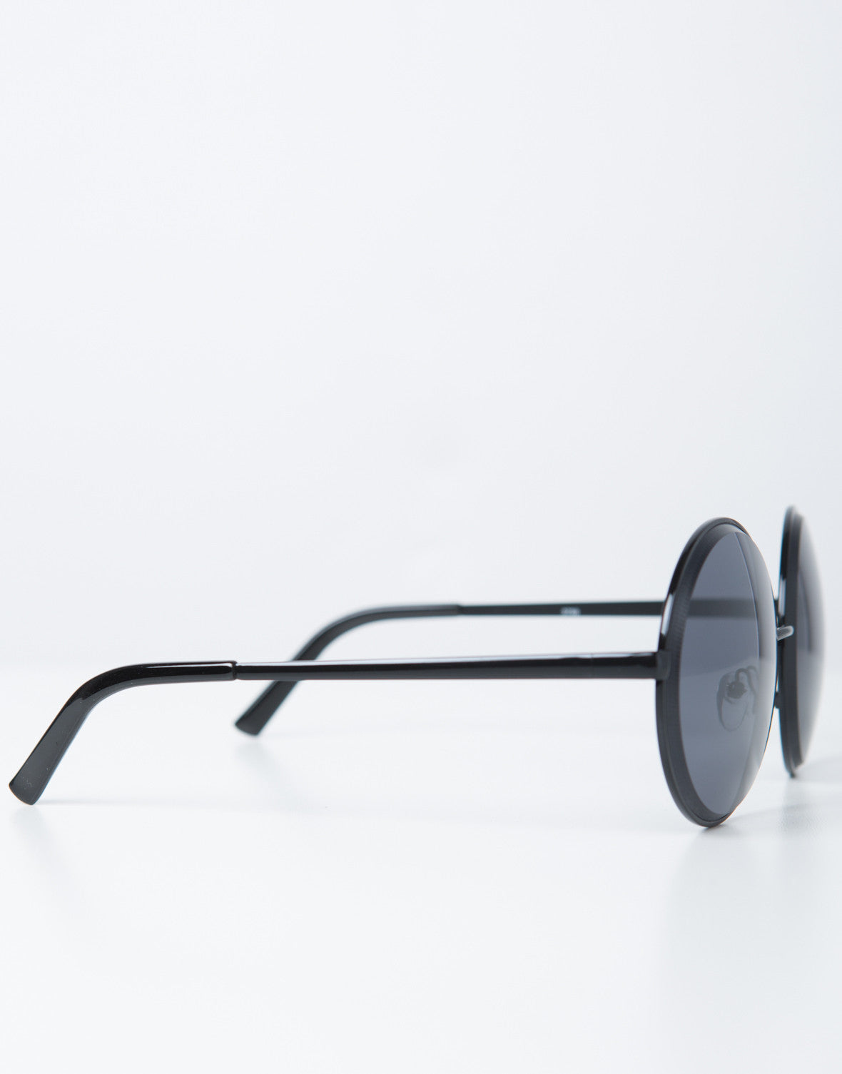 Side View of Oversized Metal Circle Sunglasses