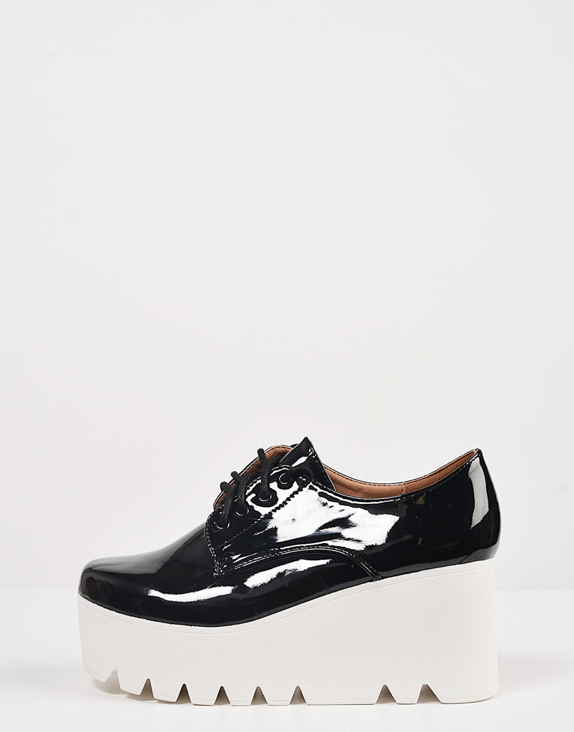 Patent Laced Up Flatform Oxfords - 2020AVE
