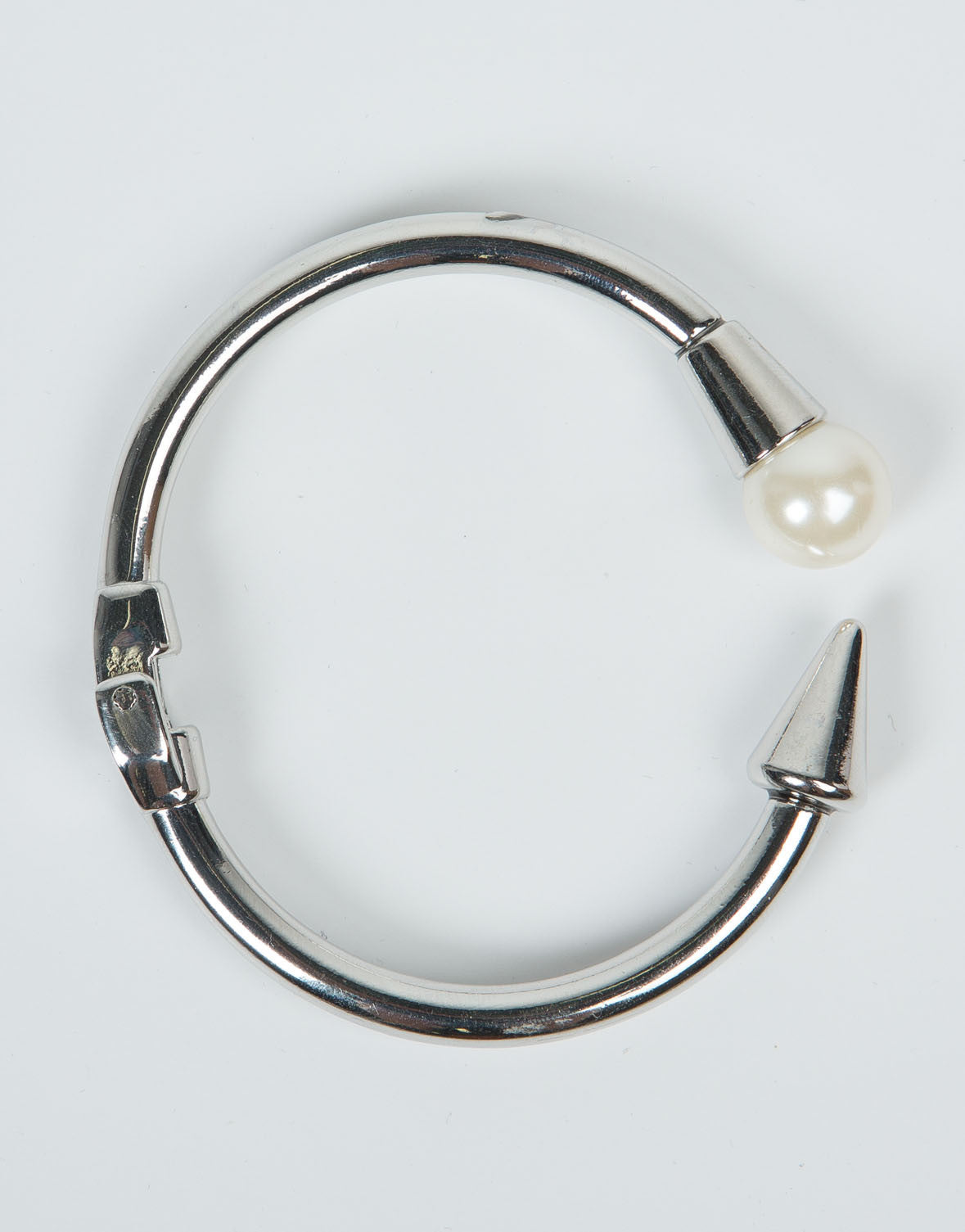 Top View of Pearl On Point Bracelet